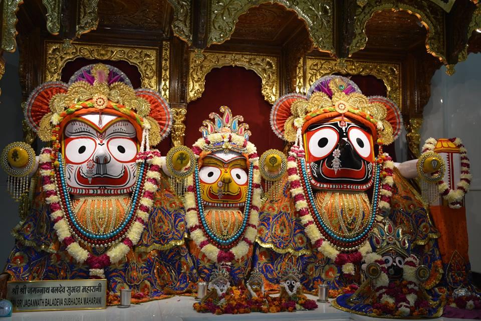 ISKCON Ujjain Deity Darshan 10 Jan 2017 (7)