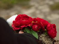 06 A megemlékezés virágai.JPG