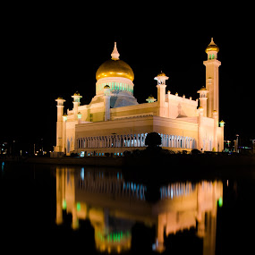 SOAS Mosque At Night by Mohd Nazeerul - Buildings & Architecture Places of Worship ( reflection, mosque, soas mosque, brunei, photography )