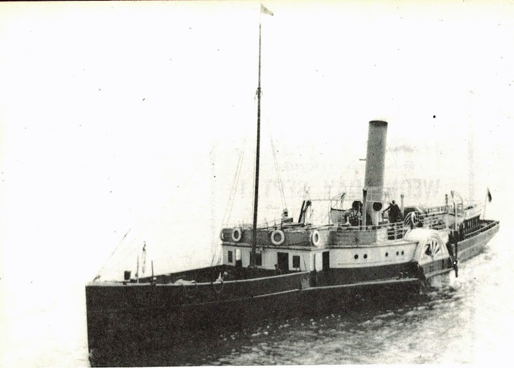 El vapor a paletas CARISBRROOKE. Foto del libro Paddle Steamers.jpg