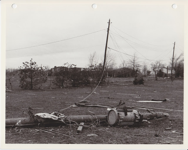 1976 Tornado photos collection - 36.tif