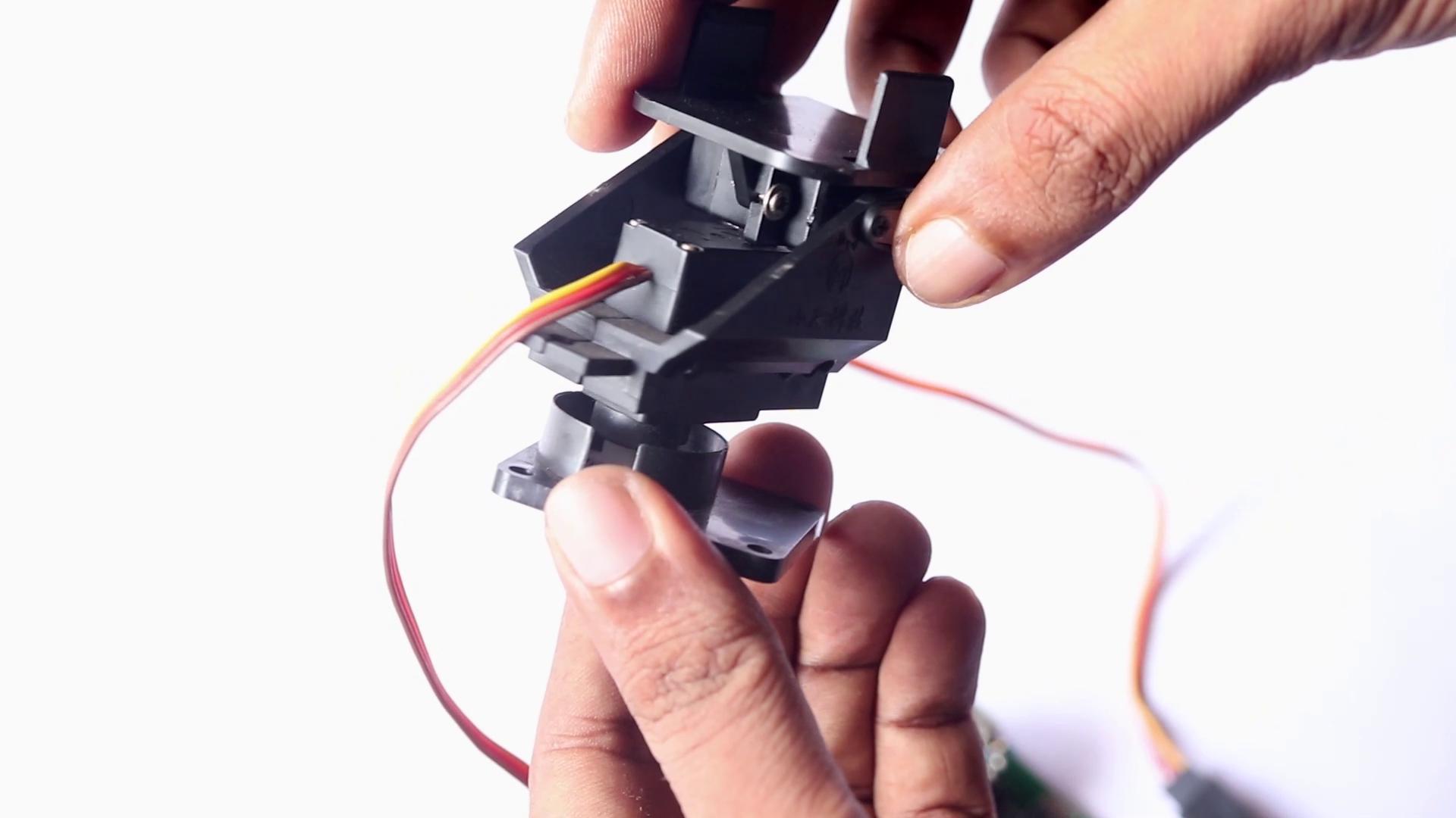 Rocket Holder for DIY Rocket Launcher using Arduin
