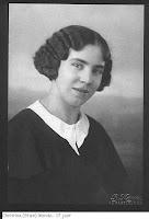 Monde, Christina Elisa Bertha Aleida Wilhelmina (Stien) 1931.jpg