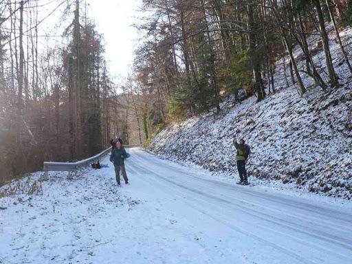 Sur la route près de Linthal
