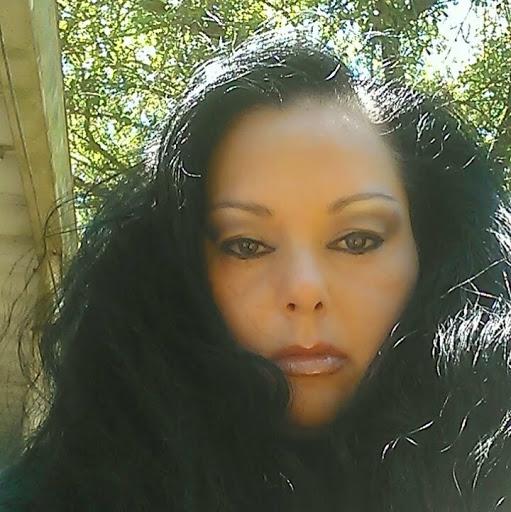 Yvonne Sims Photo 15