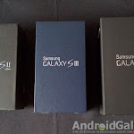 Galaxy S3 Pebble Blue - 1.jpg