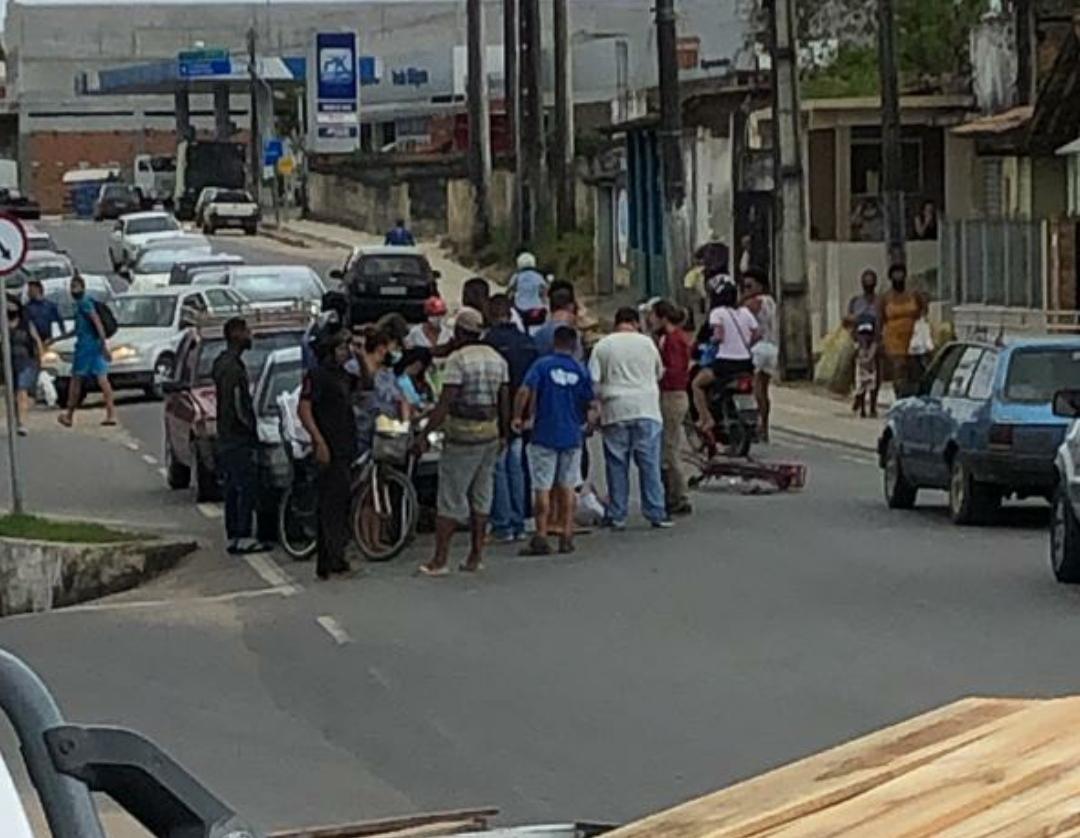 ACIDENTE ENTRE CARRO E BICICLETA OCORREU EM AMARGOSA