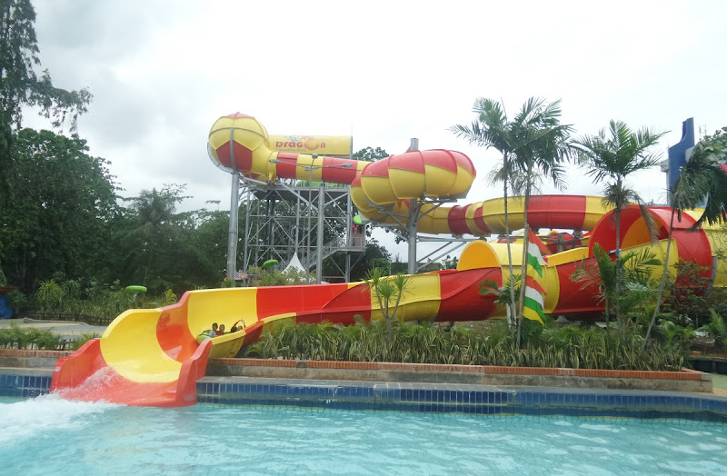 Dragon Slide Wahana Baru Atlantis Ancol