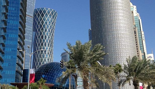 Hochhäuser in der Bucht von Doha, Katar