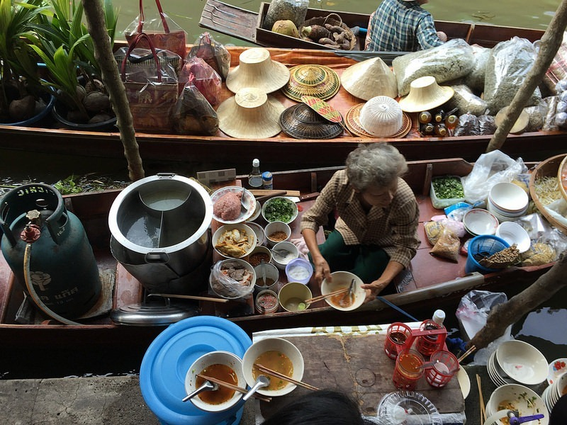 bangkok-floating-market-14