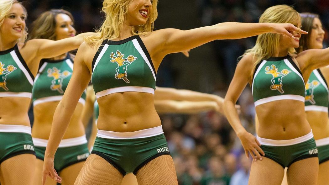 cheerleaders armpit pics