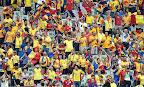 Román szurkolók a franciaországi labdarúgó Európa-bajnokságon 2016. június 10-én, az Eb nyitónapján. (MTI Fotó: Illyés Tibor)