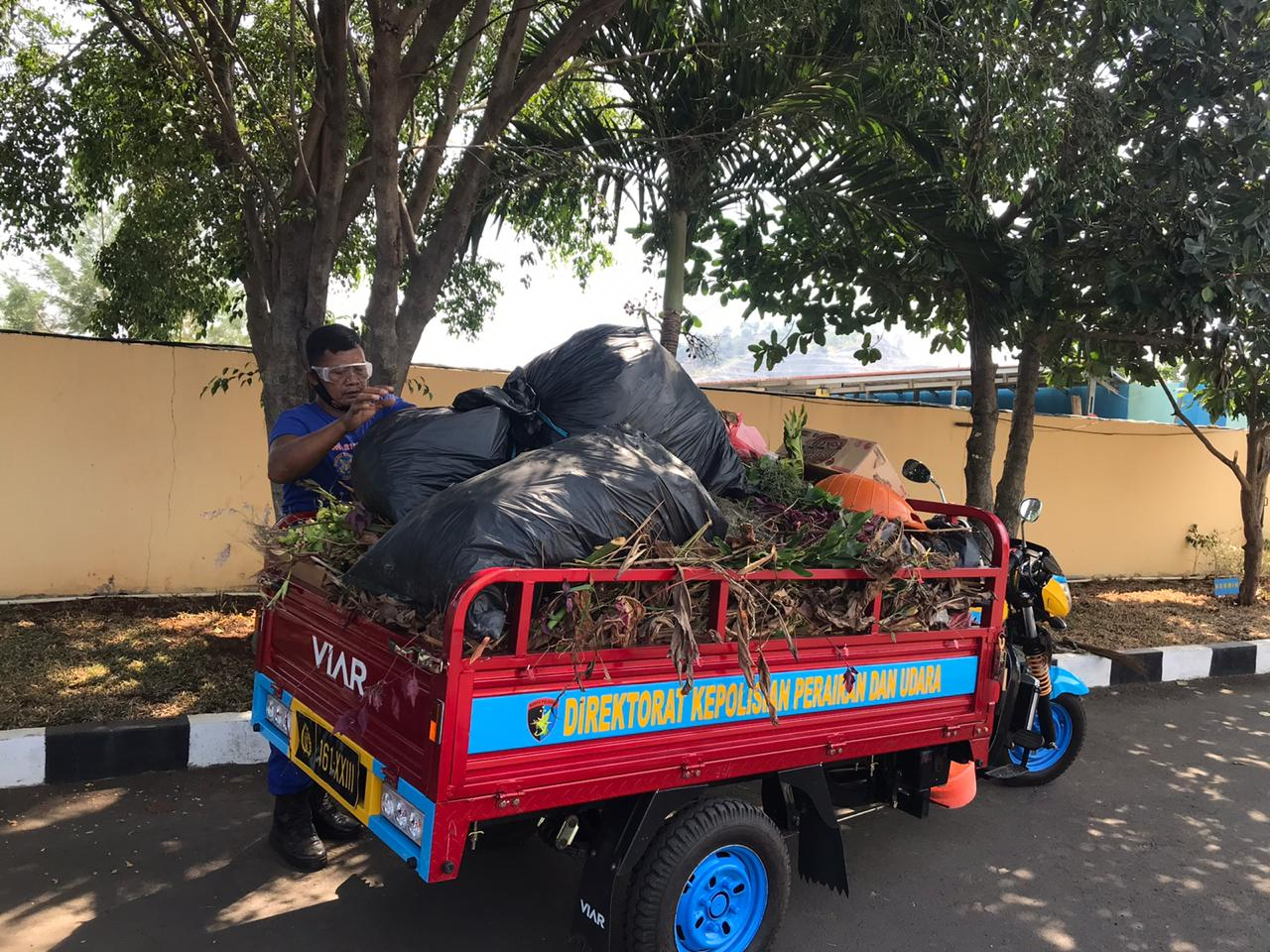 Cegah Penyebaran Covid-19, Ditpolairud Polda Banten Bersih-bersih Mako