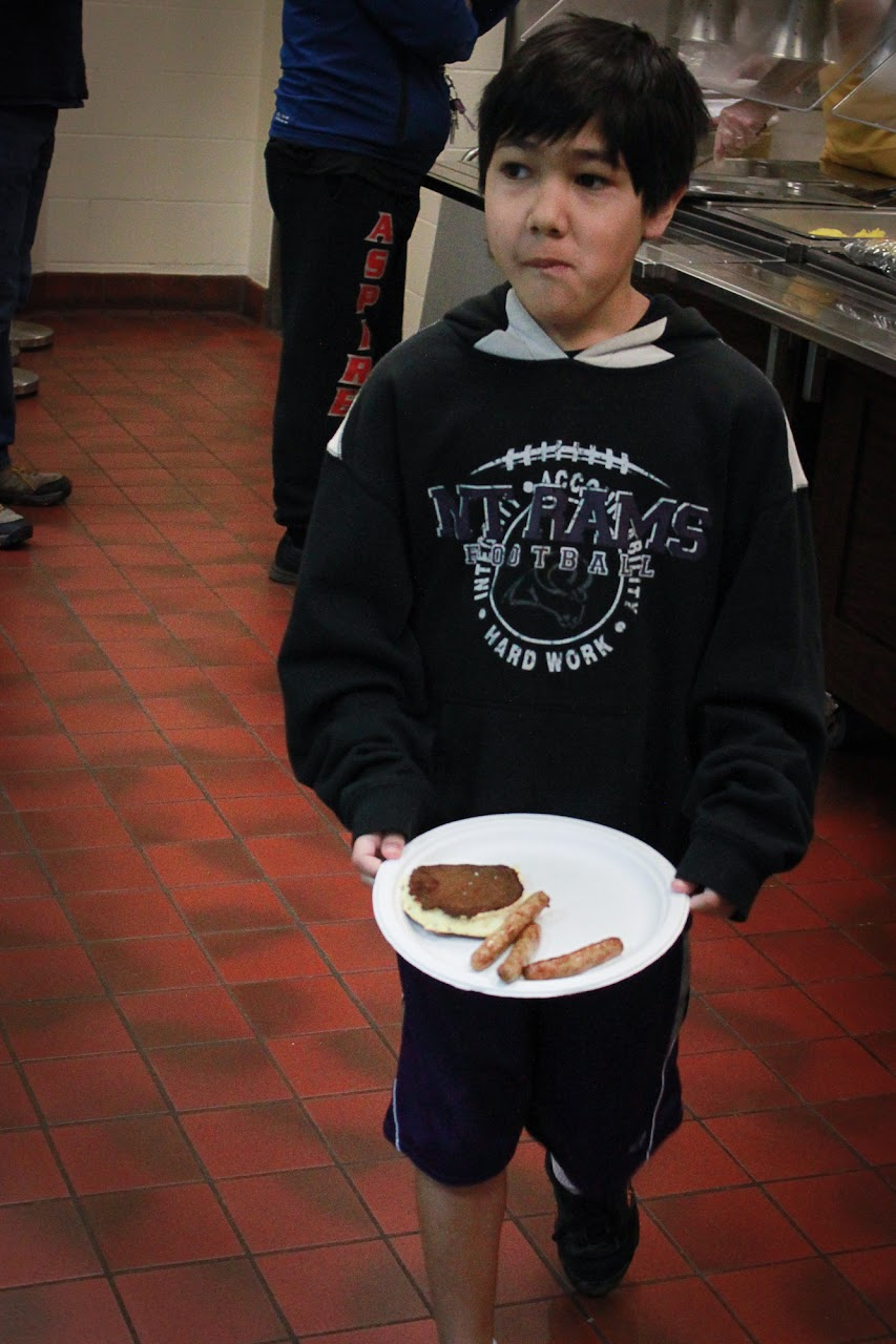 Lions Pancake Feed 2013 - 2013-03-23_030.jpg