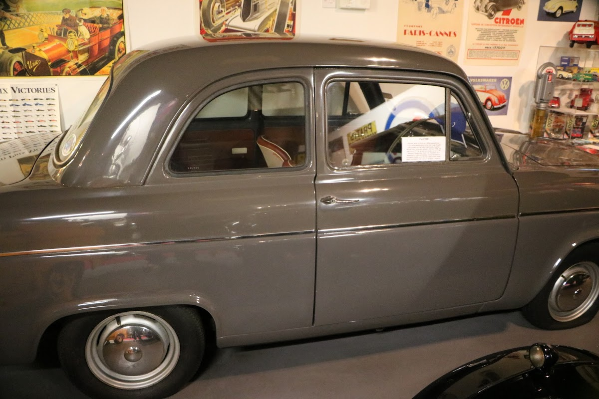 Bo'Ness Motor Museum 0032.JPG