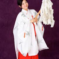 Bomb.TV 2008.01 Saki Takayama & Maari xmk057.jpg