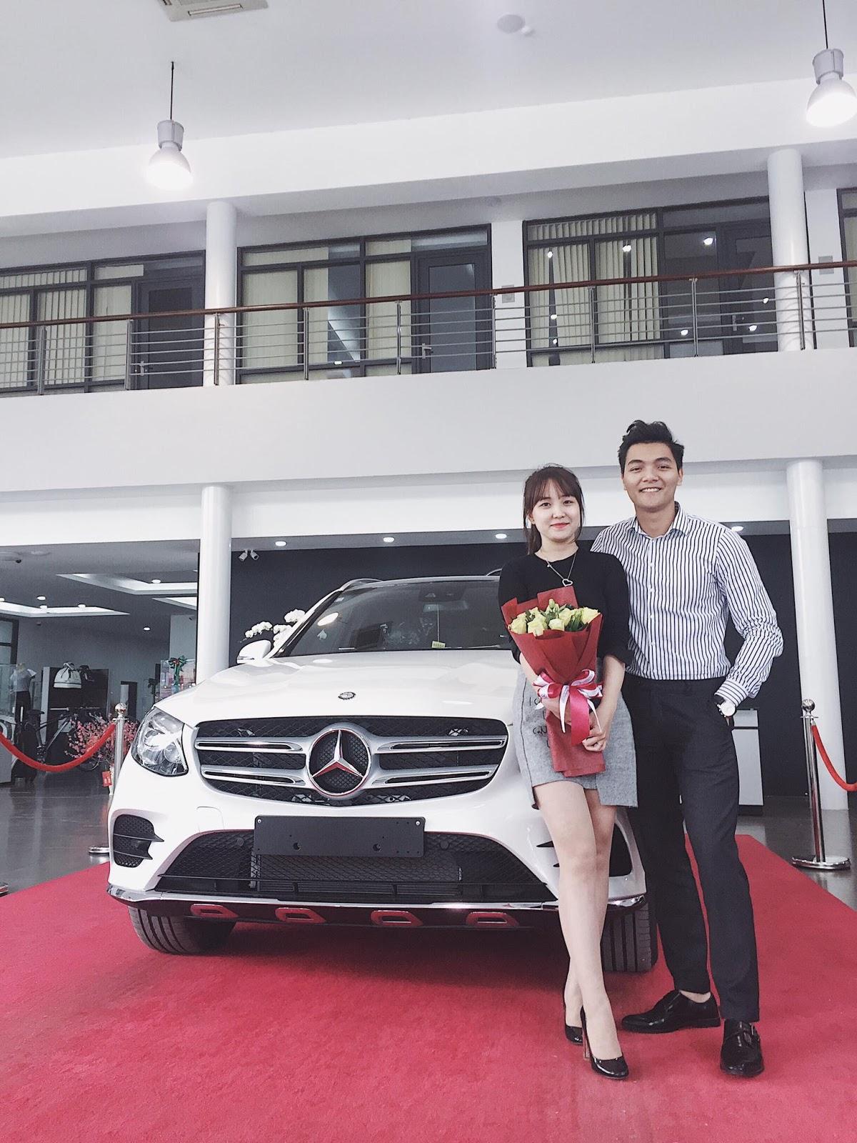 Mua ô tô hãng nào tặng vợ