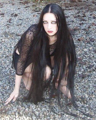 Gothic Witch, Gothic Girls