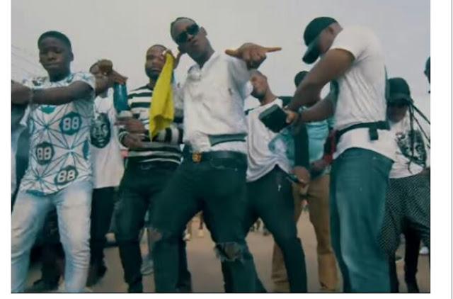 Download Video :- Dammy Krane – Shaku Shaku