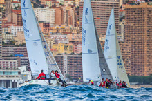 J/24s sailing upwind off Monaco in Primo Cup