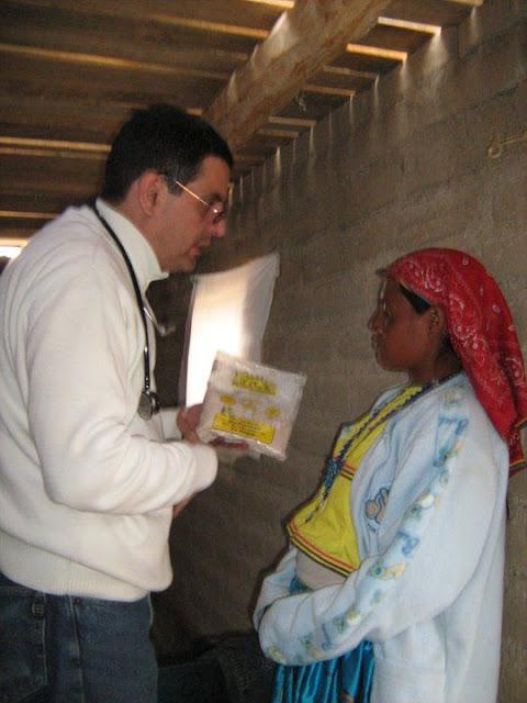 Fundacion Clinica de Medicina Indigena DIC.09 - 148805_158661537502219_100000751222696_251334_252901_n%255B1%255D.jpg
