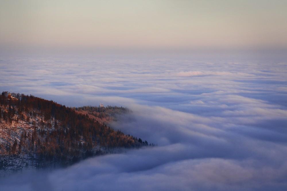 Szyndzielnia nad chmurami