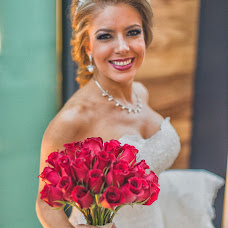 Wedding photographer Gil Garza (tresvecesg). Photo of 10.01.2017