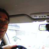 Papa afleiden in de auto