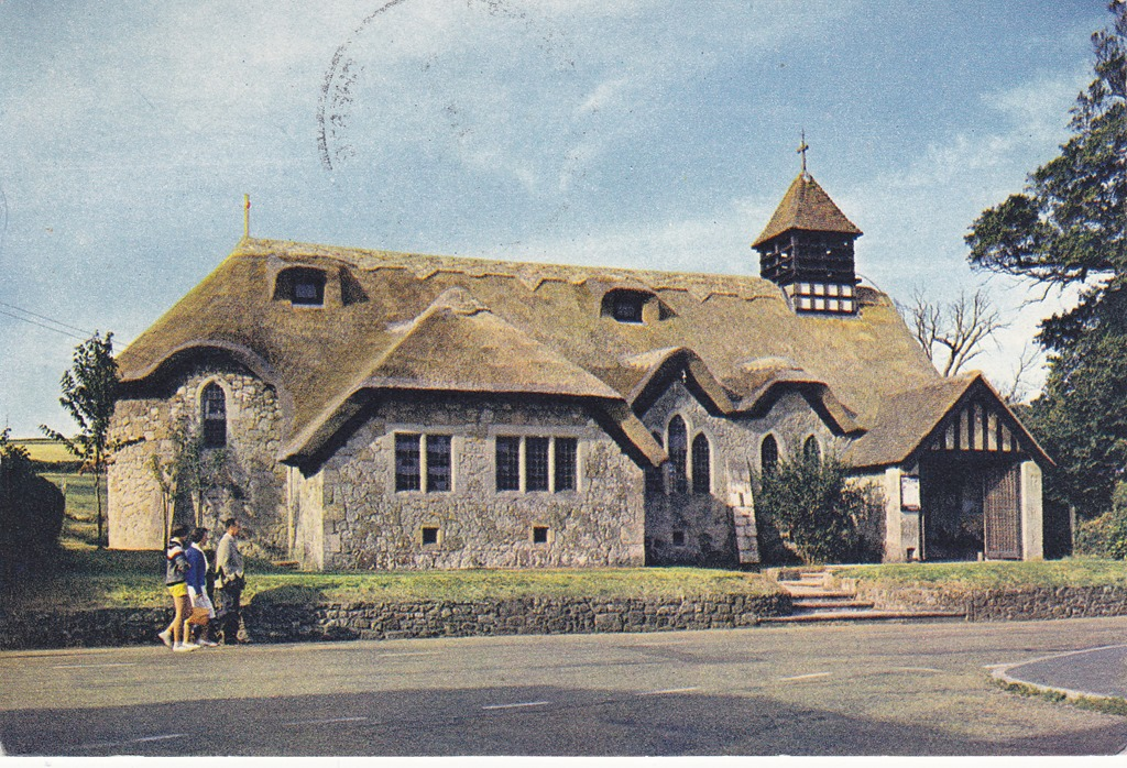 [140324-1+UK+John+thatched+roof+church%5B5%5D]