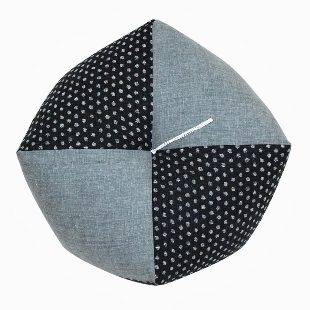 Ojami Cushion Polka Dot Mizutama