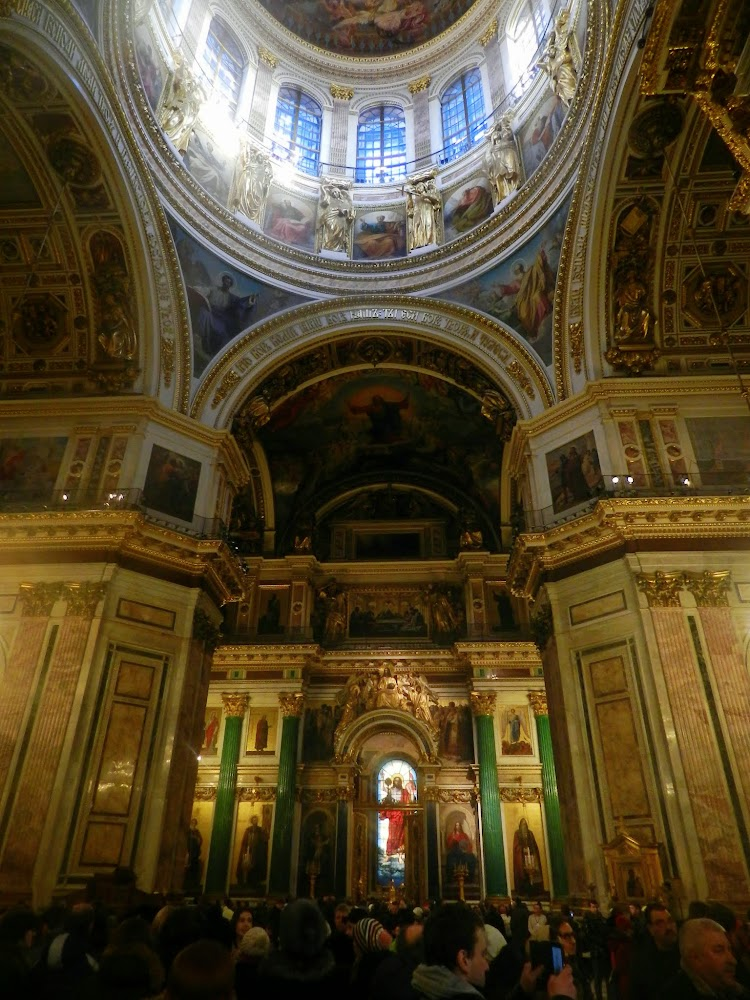 Inside St. Isaac's Cathedral, didn't make it here this summer but it's well worth a visit, awesome inside!