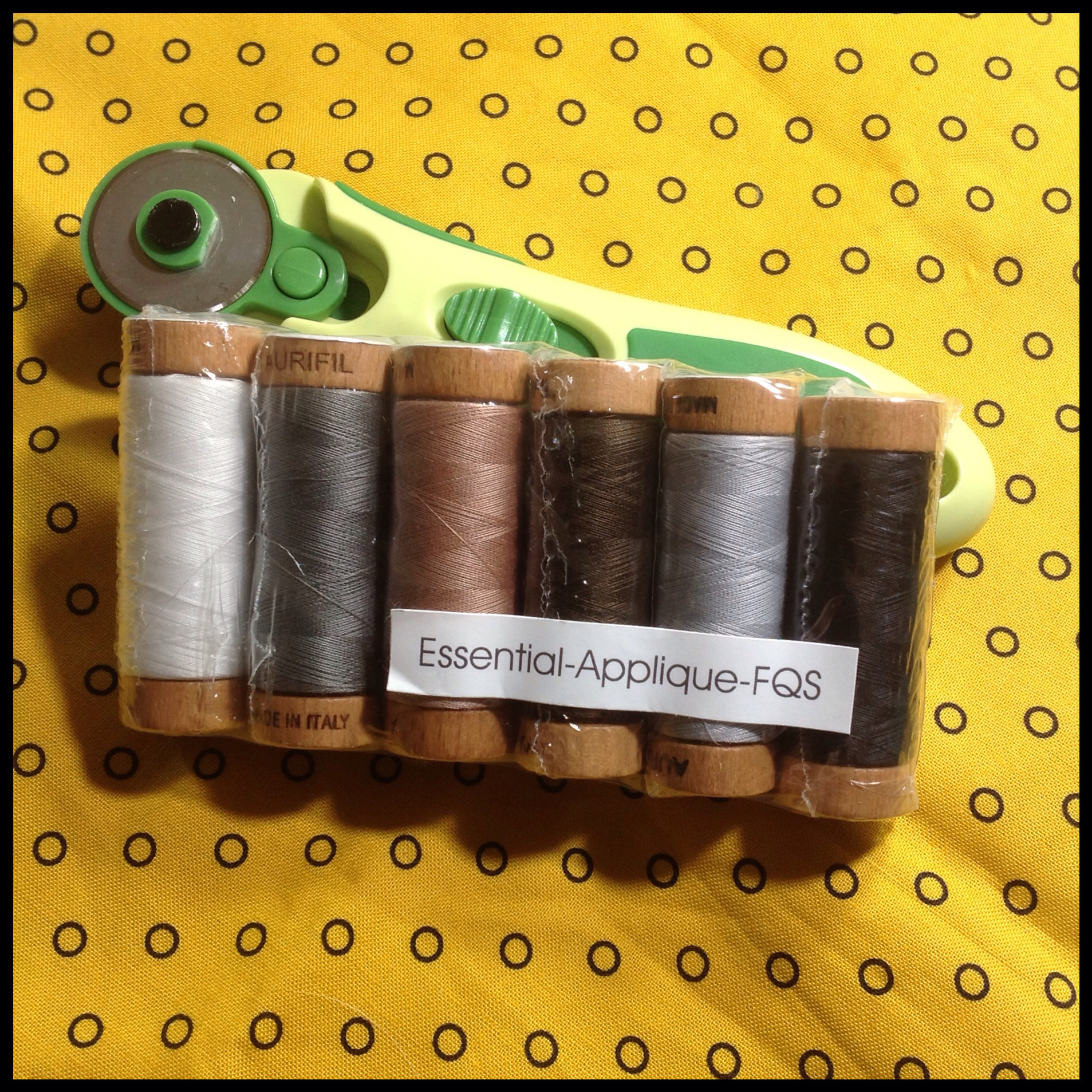 today i received my set of essential appliqu colors and i may be in thread love heaven - Aurifil Thread Color Chart