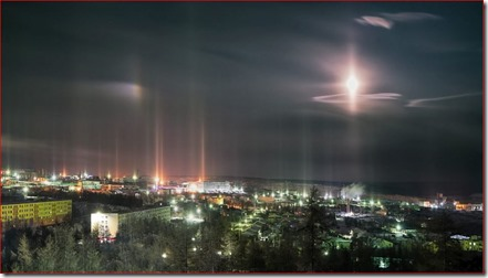 moondog-and-light-pillars-2
