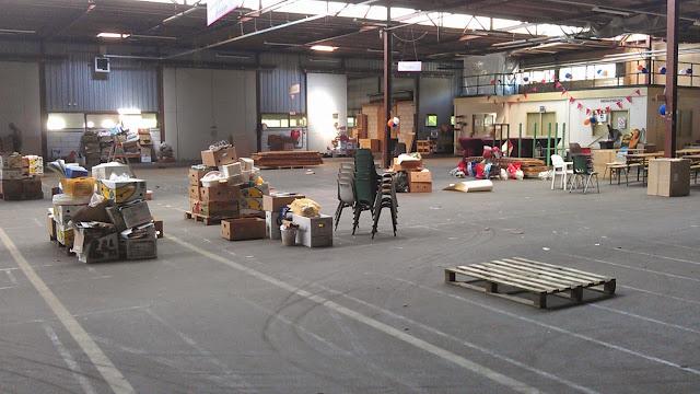 Rommelmarkt Agathakerk 2013 - Impressie%2Bhal%2Bafgetuigde%2Brommelmarkt-jun13.jpg