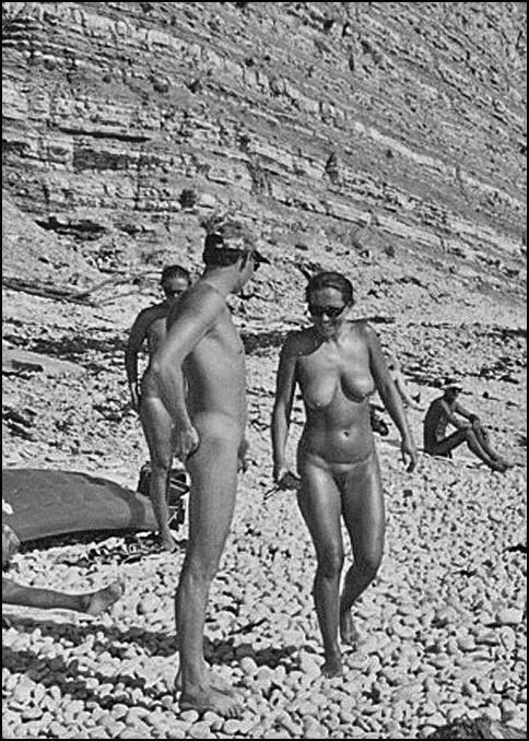 пляжи лагерей пионерских нудистов