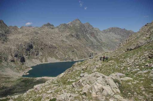 Vers le lac du Basto