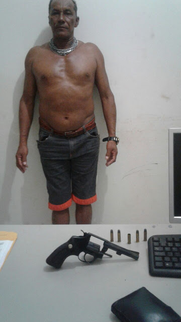Em Santa Maria do Uruará, no Pará, PM prende homem com arma de fogo.