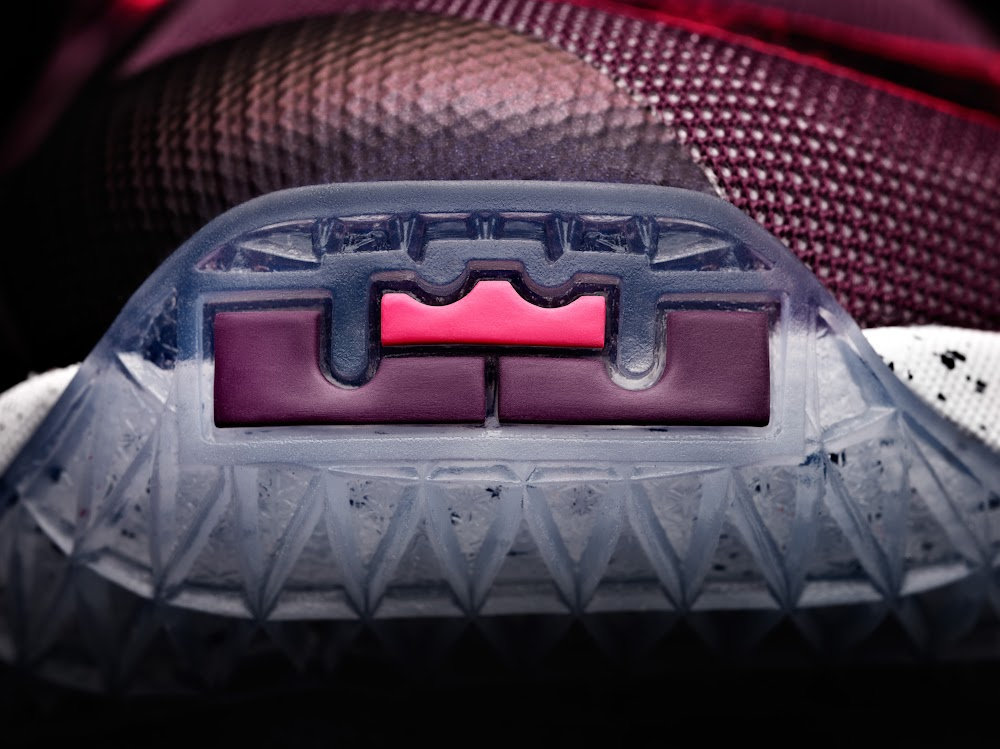 Nike LeBron 13 Written in the Stars Mulberry