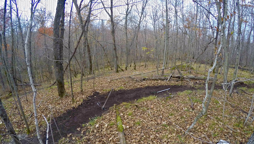 Hand building new singletrack October 14th, 2016