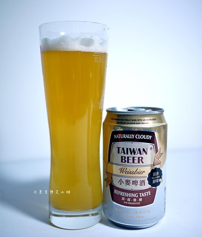 10 台啤小麥啤酒