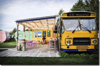 lucky-lake-hostel -amsterdam-onibus-restaurante-2