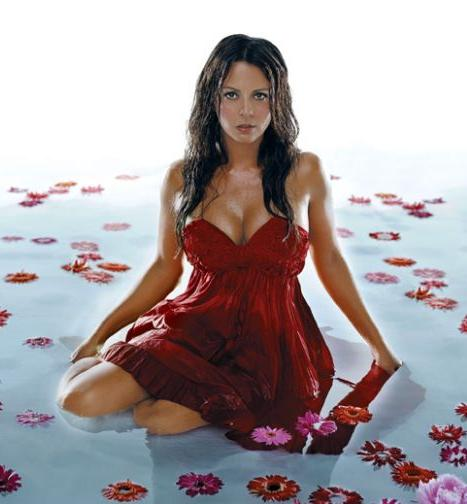 Wake Up with Sara Evans:pretty0