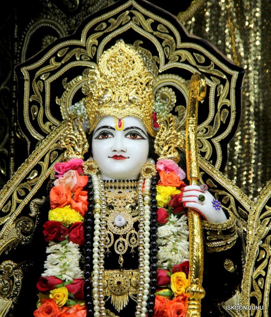 ISKCON Juhu Sringar Deity Darshan 7 Jan 2017  (25)