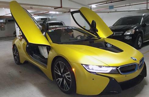 BMWi8870691442378800jpg