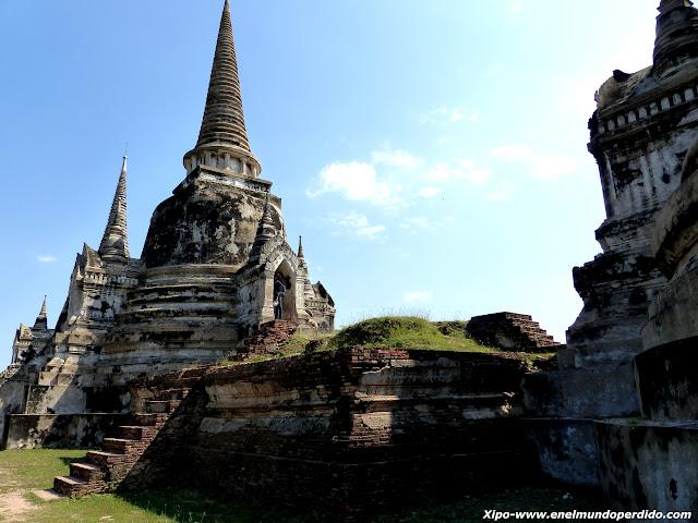 Wat-Phra-Sri-Sanphet.JPG