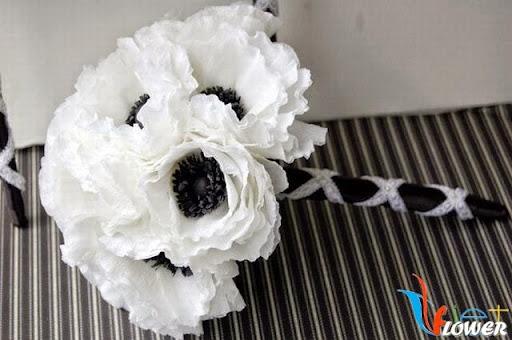 Hoa anh túc cầm tay từ giấy nhún