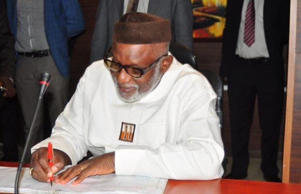 Governor Akeredolu frees 30 prisoners