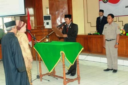 Yuniarsih Utari dilantik menjadi anggota DPRD Kabupaten Ngawi