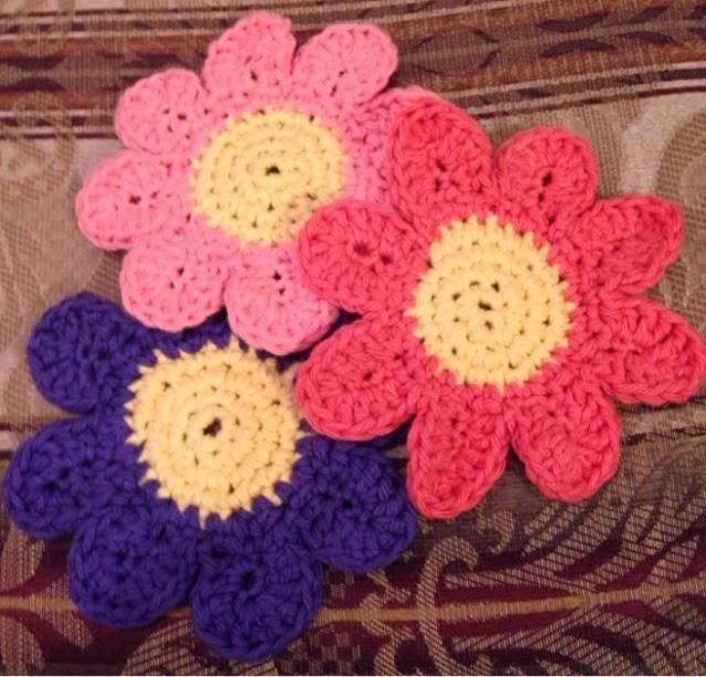 Free Crochet Daisy Coaster Pattern : New Daisy Coaster Crochet Project! ( Free Pattern Included )