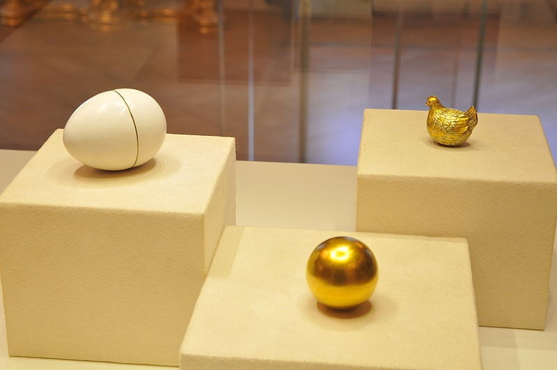 The Fabulous Faberg 233 Eggs Of The Russian Imperial Family